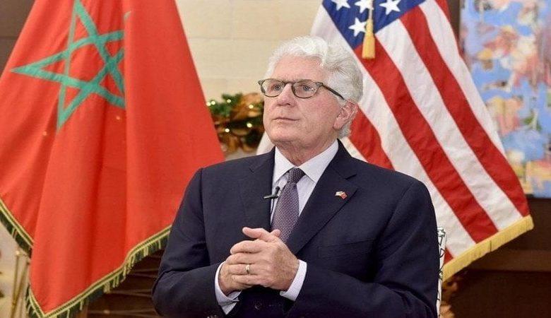 Photo of سفير أمريكا السابق يحظى بوسام ملكي