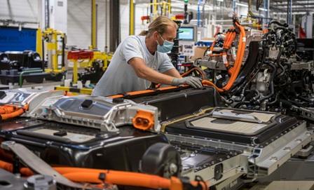 Photo of بلجيكا.. توقف الإنتاج بمصنعين كبيرين للسيارات